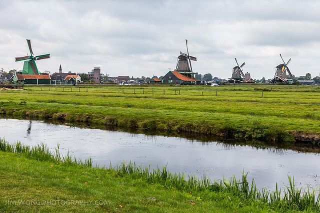 Featured medium photo of Oost-Graftdijk on TripHappy's travel guide