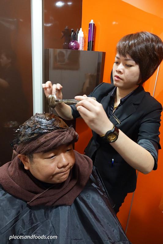 yun nam hair care applying herbal treatment