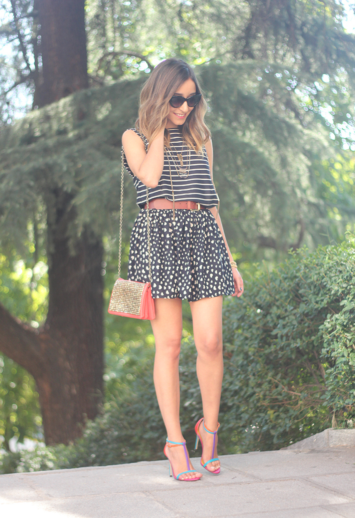 Hearts Stripes Print Skirt Top Outfit Carolina Herrera Sandals22