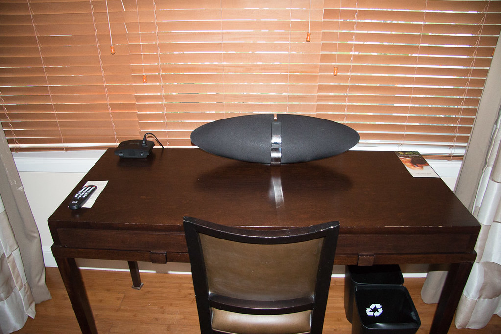 Desk with speaker dock