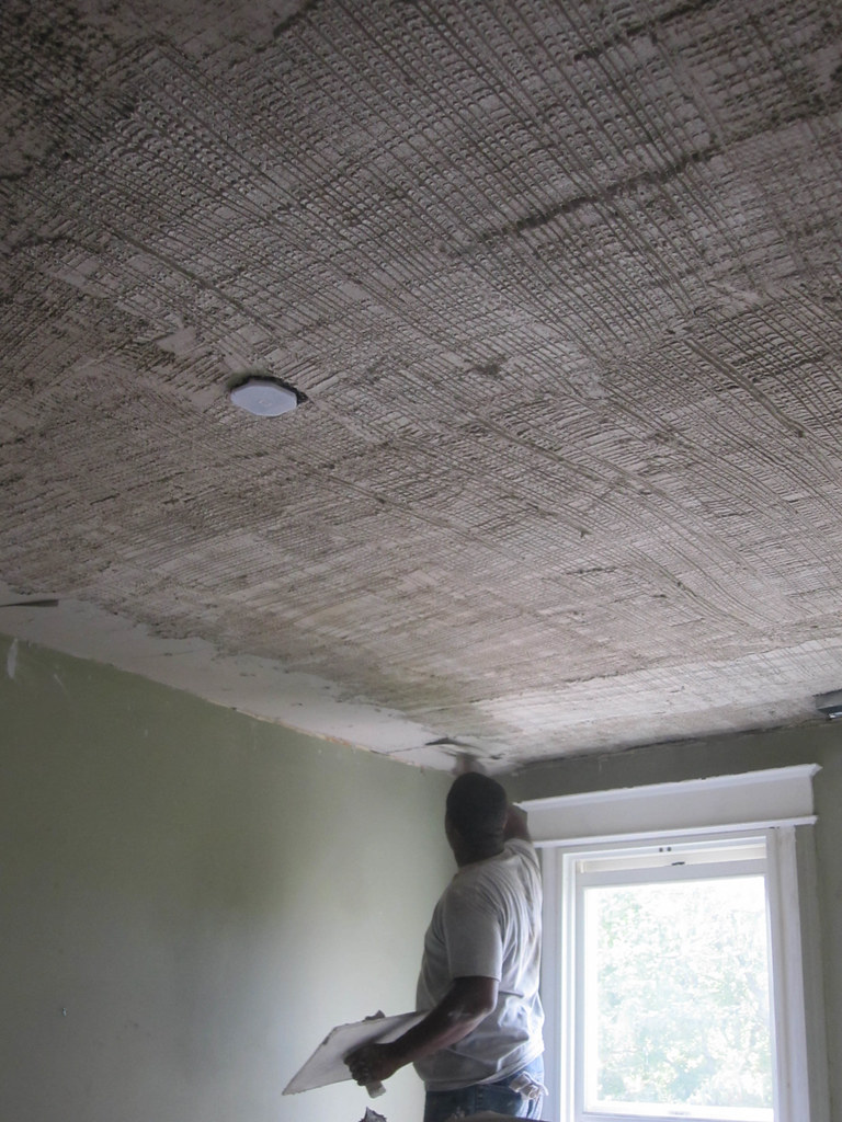 When Is It Worth Plastering Instead of Drywalling? - Old Town Home