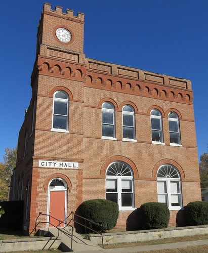 Forest City, Missouri City Hall