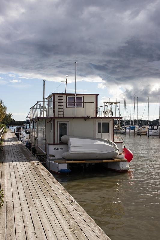 192 av 365 - Båthus