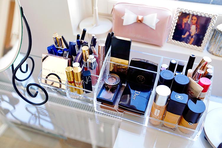 makeupstorage11