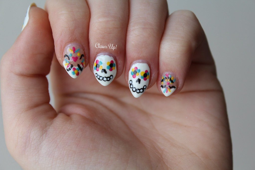 Sugar skull Day of the Dead nail art