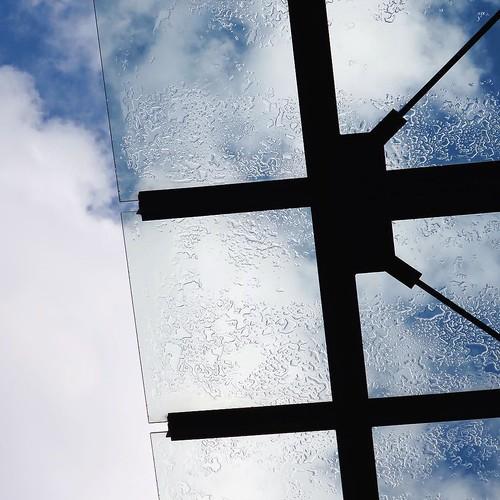 雨が上がって、陽も差した。町歩き日和。 #3331artschiyoda #千代田区ディスカバリーミュージアム秋ツアー