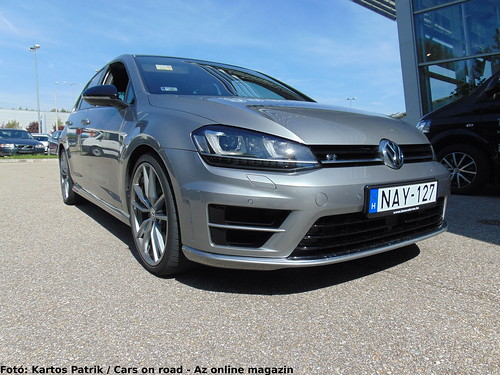 2015 VW GolfR 5-door - test