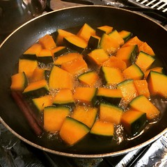 "glazed kabocha for tomorrow. recipe from ""japanese foods that heal""   #kabocha #japan #prethanksgiving"