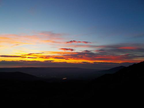 σύννεφα θάλασσα χρώματα θέα λιβάδι κοιλάδα κάμποσ απόγευμα
