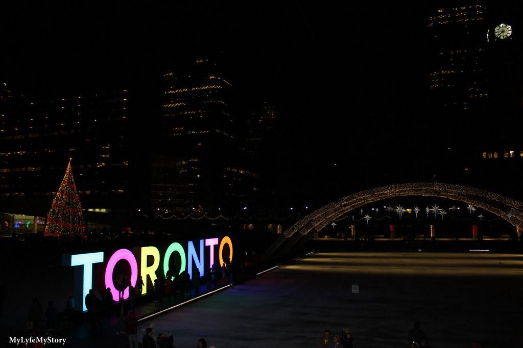Street of Toronto (1)
