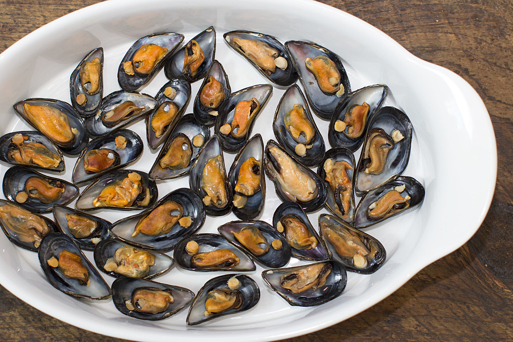 Broiled Mussels with Mushroom Cream Sauce | Just Me and ...