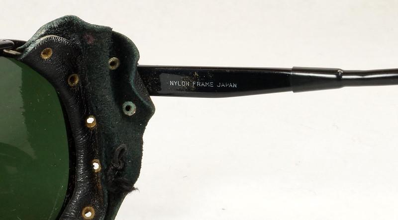 RD14855 Vintage 70s 80s Aviator Ski Motorcycle Sunglasses Black with Leather Side Shield Nylon Frame Japan DSC06474