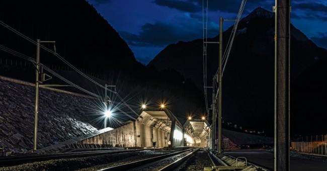 Švýcarské železnice v pražské knihovně