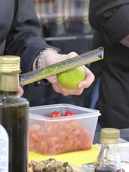 tomates et zeste