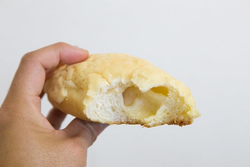 塩パン-3