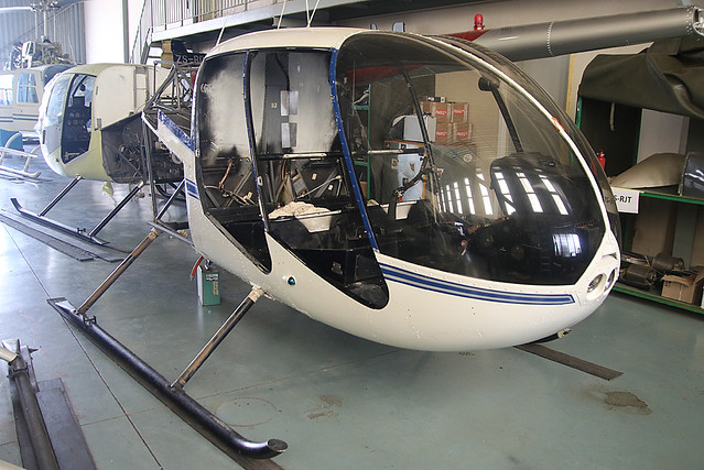 ZS R44