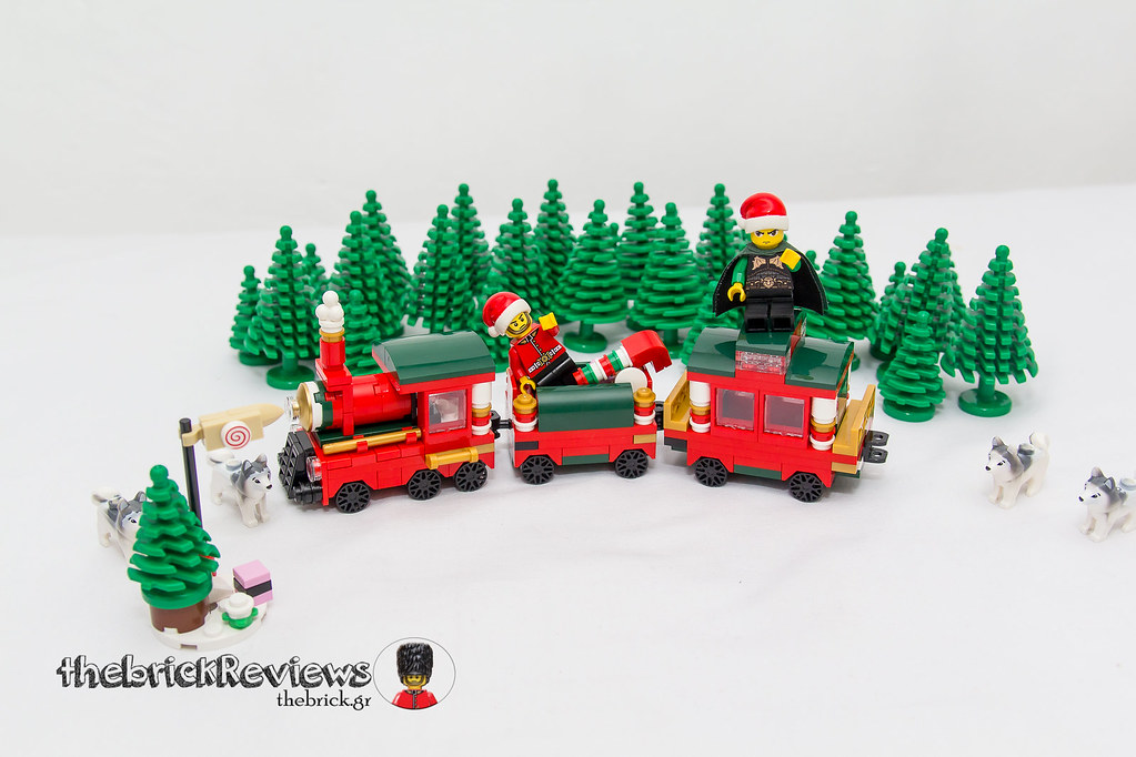 ThebrickReview: Christmas Train - 40138 - Limited Edition 2015 23090947954_77a8684d01_b