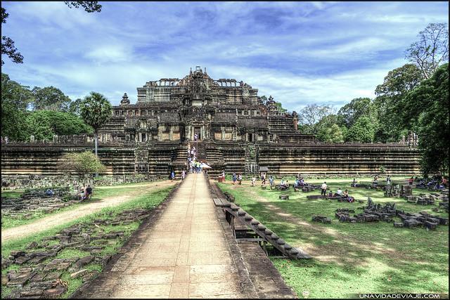 Baphuon Camboya