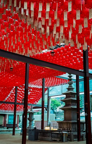Votive lanterns. Photo by Brent Sheffield