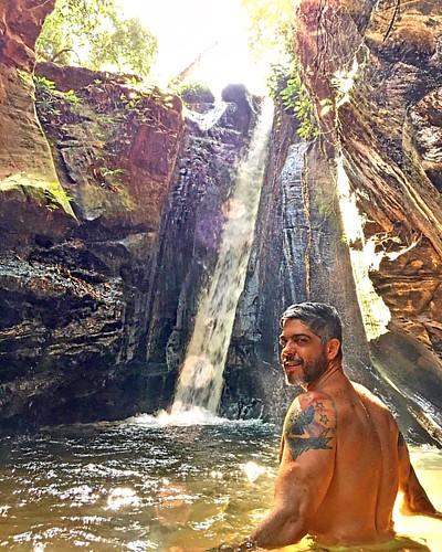 Cachoeira do Dodô.  Seu Dodô foi o primeiro ambientalista do sul do Maranhão, era conhecido por suas técnicas de permacultura, pelo manejo sustentável do meio ambiente e pelo seu respeito ao bioma numa época que ninguém falava disso. Mesmo não sendo alfab