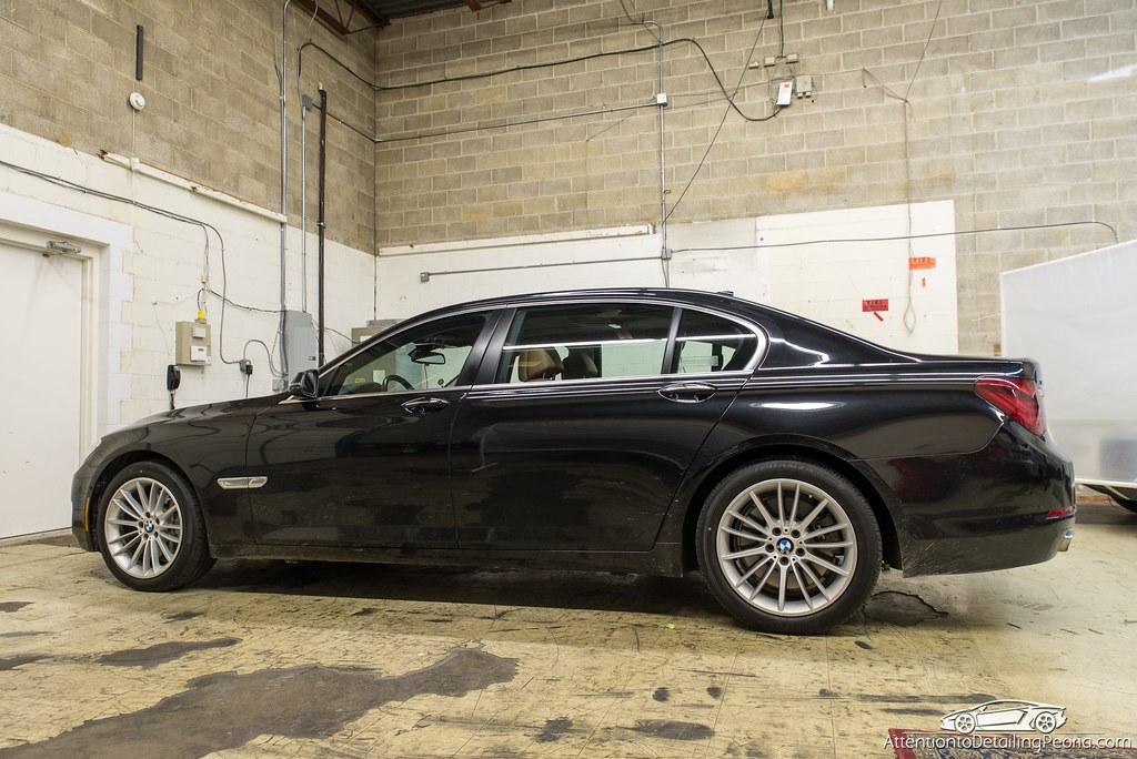 2014 BMW 750 LI Removing Dealership Holograms