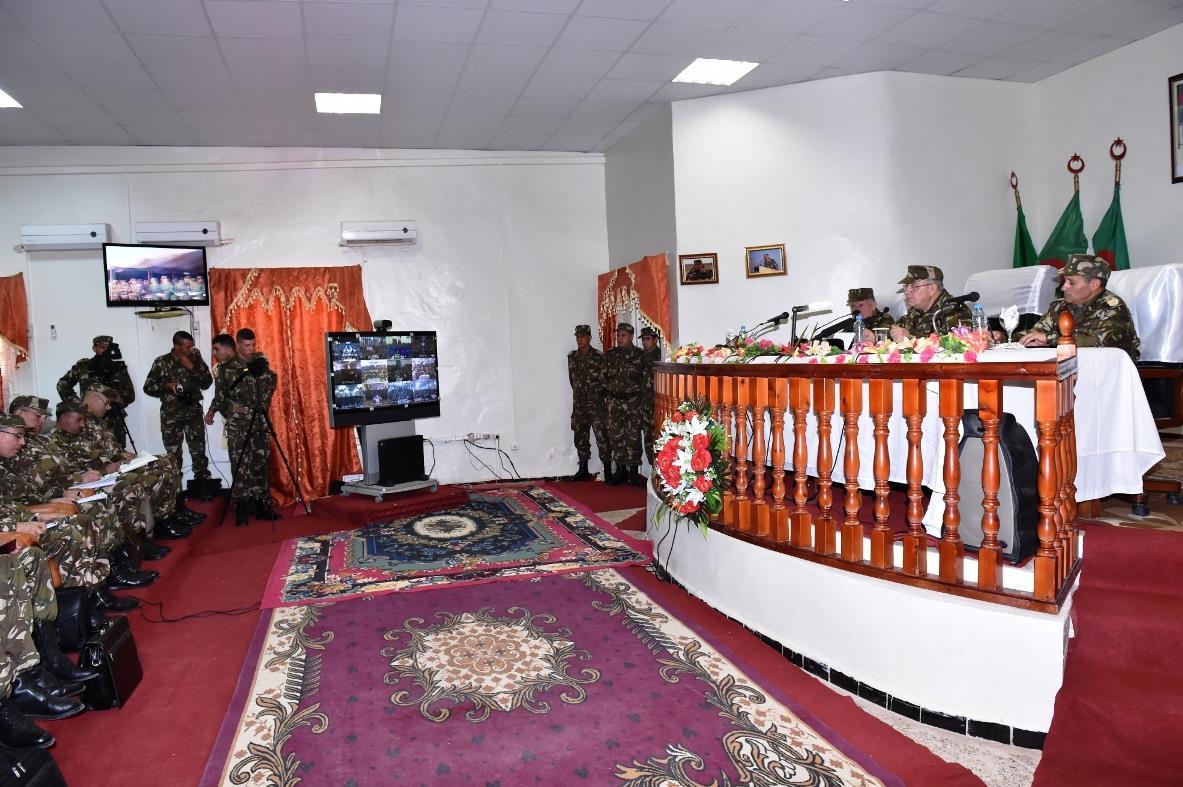 الجزائر : صلاحيات نائب وزير الدفاع الوطني - صفحة 5 30899386425_9d8b452cc9_o