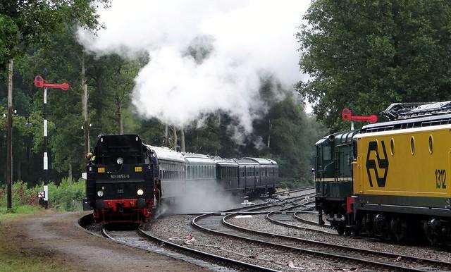 Loenen, VSM 50 3654-6 terug naar toen 2015