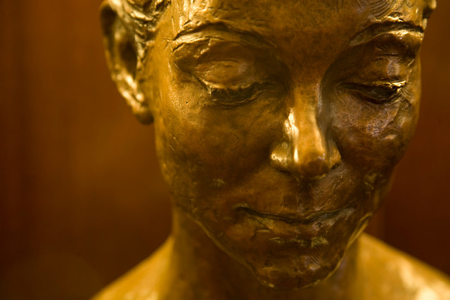 Bust of Margot Fonteyn, displayed in the Royal Opera House Pit Lobby © ROH, 2012