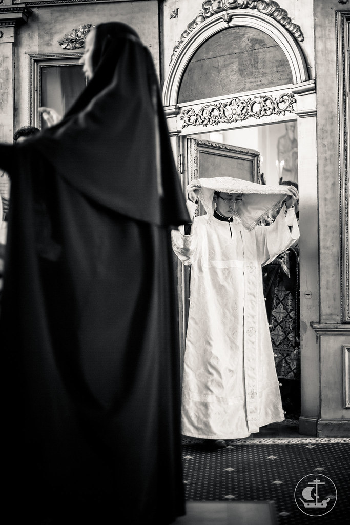 4 октября 2015, Литургия в Неделю 18-ю по Пятидесятнице, по Воздвижении / 4 October 2015, Liturgy on the 18th Sunday after Pentecost, Afterfeast of the Exaltation of the Cross