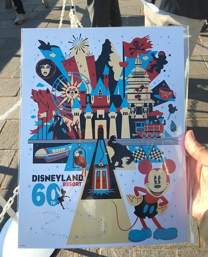 ディズニーパークスの魔法はボブ・チェイペック、ボブ・ウェイス、スコット・トローブリッジが登壇。基本的には本家Expo講演をなぞる内容でした。参加者にはポスターがプレゼントされました。 #tw