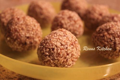 Sesame seed - dates laddoo 1