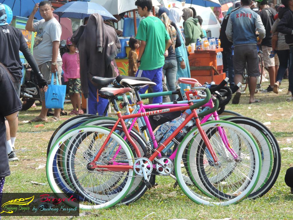 Jakie akcesoria do roweru warto posiadać?