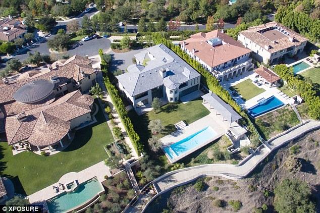 Дом Ким Кардашьян и Канье Уэста в Лос-Анджелесе