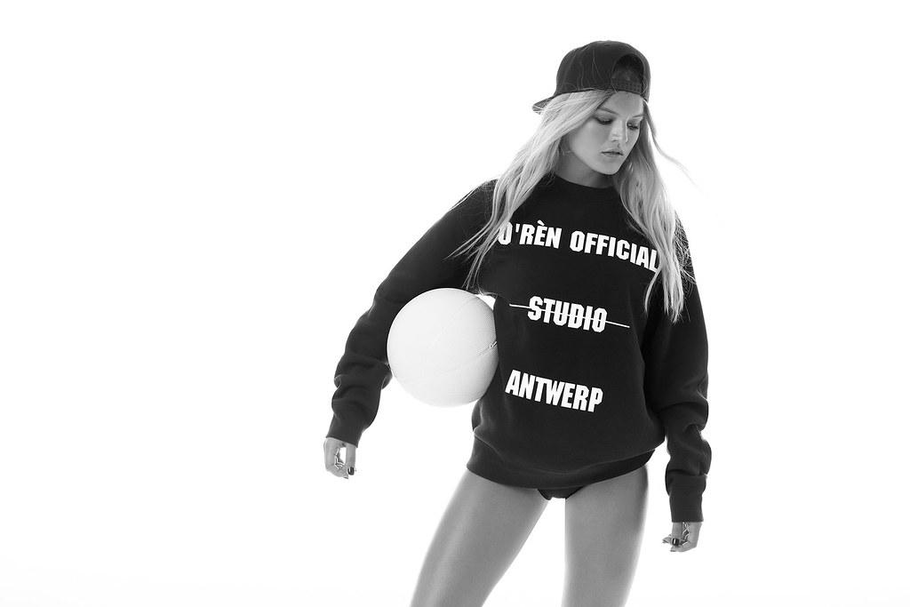 ORen_StudioSweater_85euro