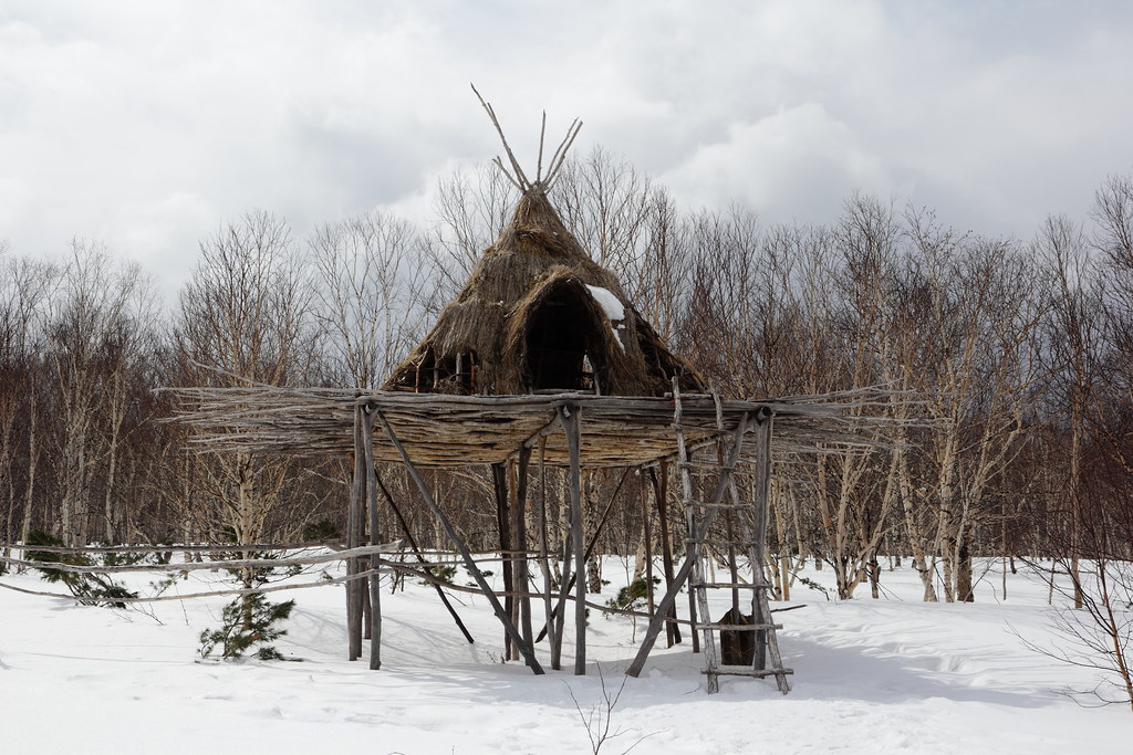 I'm crazy about this hut | I would like to spent a couple of… | Flickr