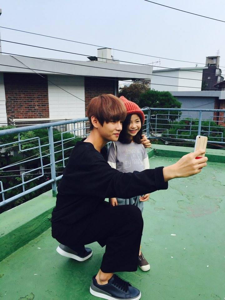 Picture V With Kids Model Lee Nam Gyeong 150818