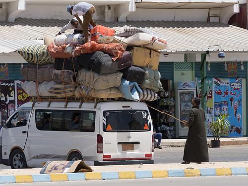 Mercaderes en el puerto de Nuweiba, Egipto