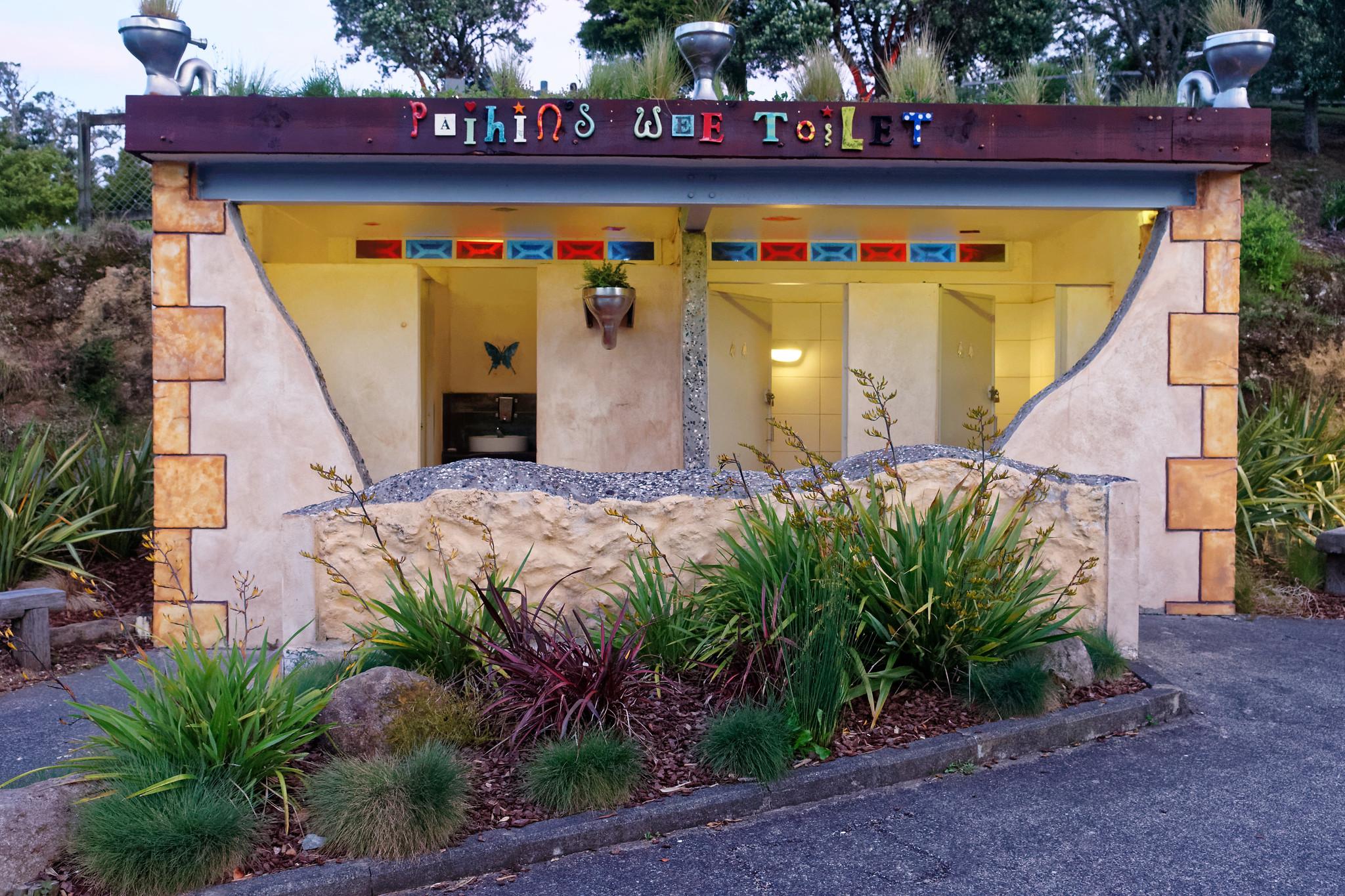Paihia New Zealand Public Toilet
