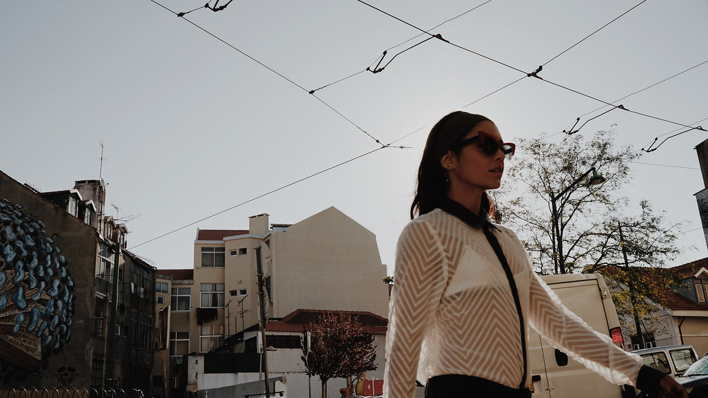 Ванесса Хадженс — Фотосессия для «Find Your California» 2015 – 10