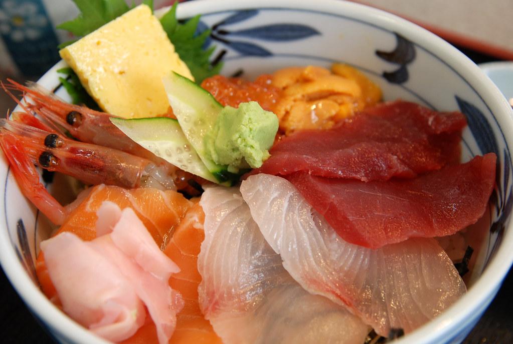 築地どんぶり市場 海鮮丼