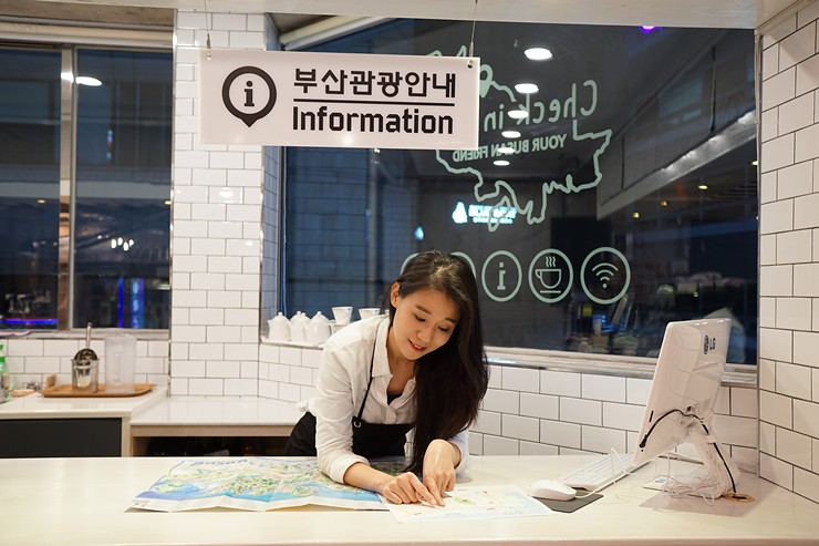 【釜山寄未來明信片】Check in Busan旅行咖啡廳|早午餐.南浦洞光復街 (近樂天百貨、龍頭山公園、釜山塔、國際市場、札嘎其市場) @GINA環球旅行生活|不會韓文也可以去韓國 🇹🇼