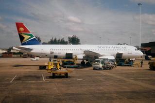 "South African Airways Airbus A320-231 ZS-SHC ""Hadeda"""