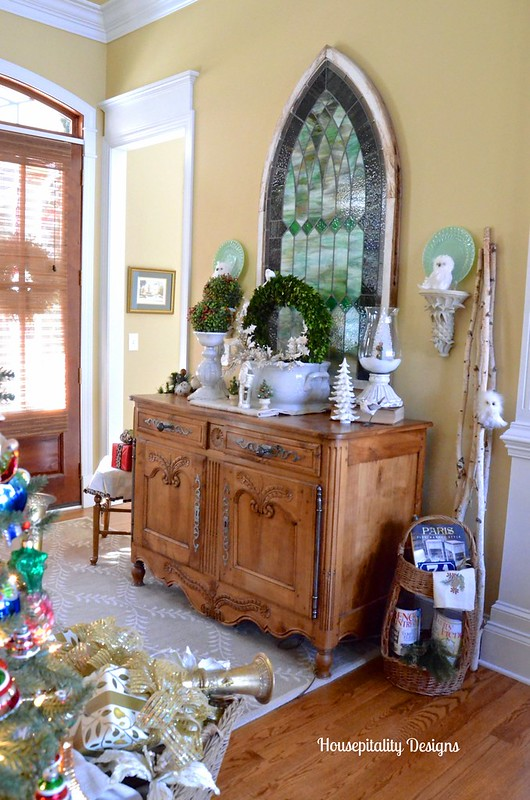 Foyer/Antique French Buffet Christmas 2015 - Housepitality Designs