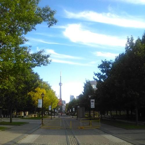 CN Tower and sky #toronto #cntower #universityoftoronto #clouds