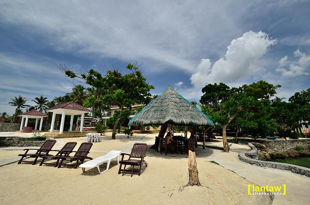 Flying Fish Resort