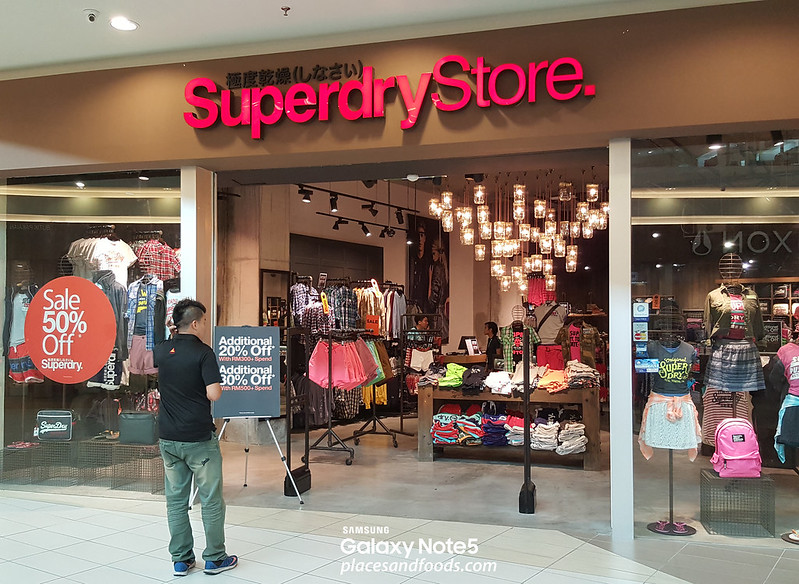 mitsui outlet park superdry store
