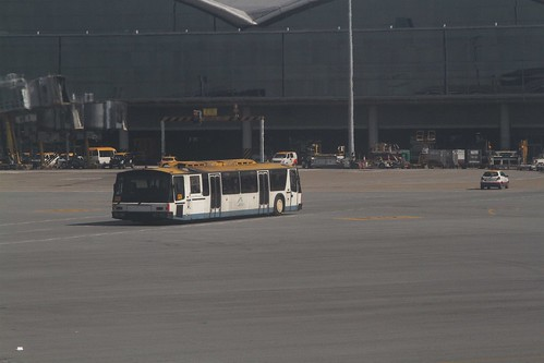 Transfer bus linking the North Satellite Concourse to the main terminal
