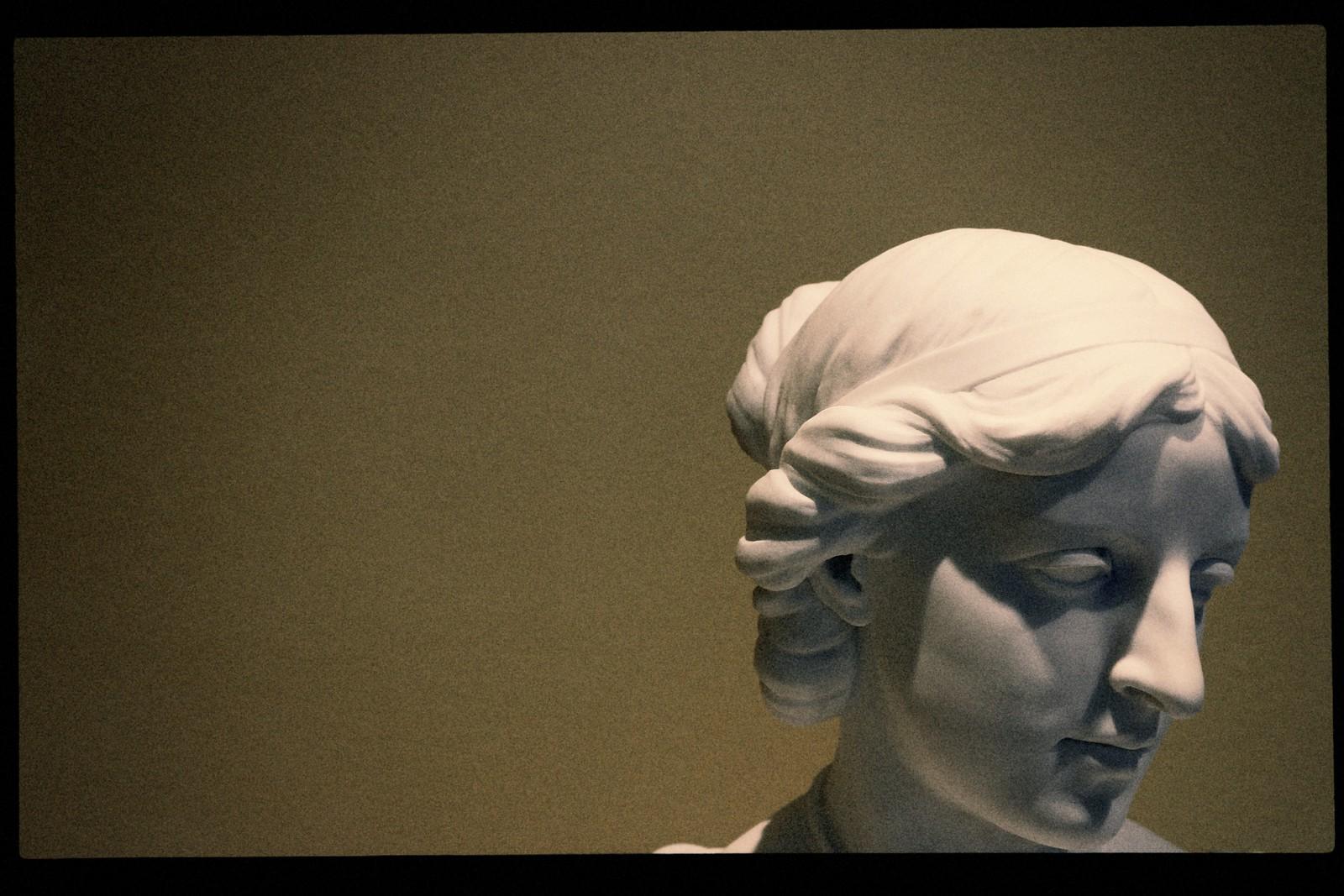 "Erastus Dow Palmer's 1862 ""Head of a Laby"", High Museum, 2015"