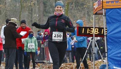 Zima a bláto. 1016 běžců dokončilo Lurdy, v nových rekordech zvítězili Maceček a Vrzalová