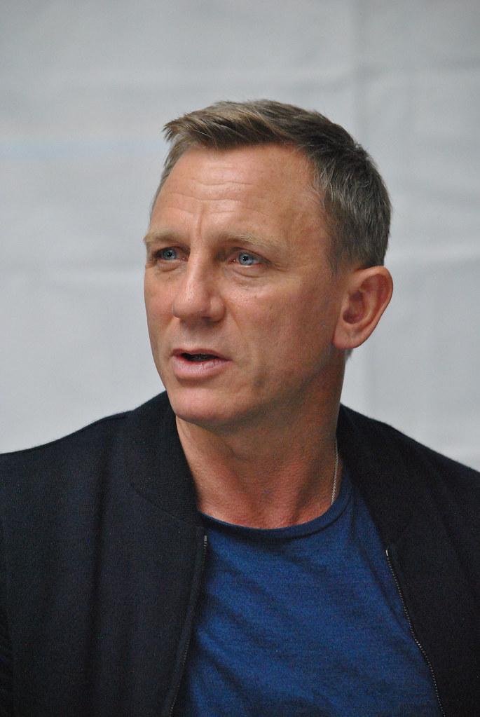 Дэниел Крэйг — Пресс-конференция «007: СПЕКТР» 2015 – 60